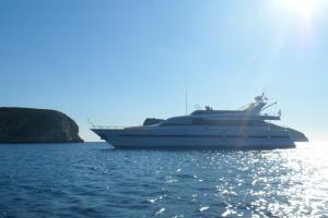 Eser Yacht Flybridge Yacht Charter